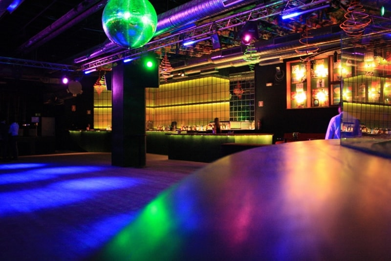 Discoteca Cats ideal para tus despedidas en Madrid